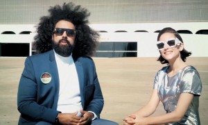 3044457-poster-p-1-reggie-watts-offers-a-guided-tour